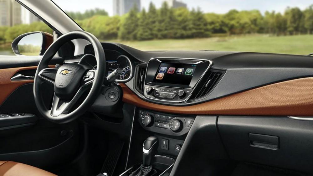 El volante y pantalla modernos del nuevo Chevrolet cavalier 2018