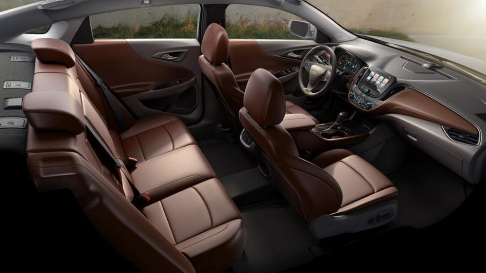 La cabina amplia de interior del Chevrolet Malibu 2018 nuevo