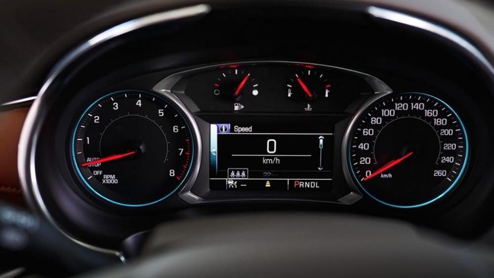 El tablero central del Chevrolet Malibu 2018