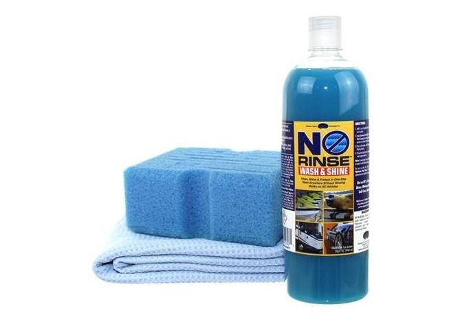 4e4179d76b88 Productos para lavar autos líquido de color azul