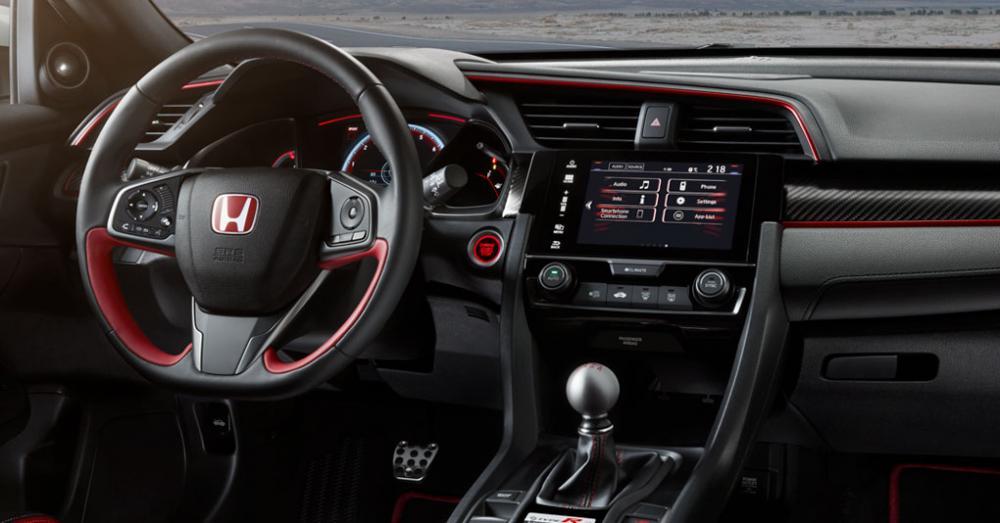 Volante y tablero de Honda Civic Type R 2018