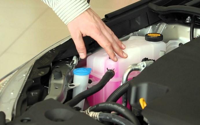 líquido refrigerante para autos mantenimiento de coche en automexico