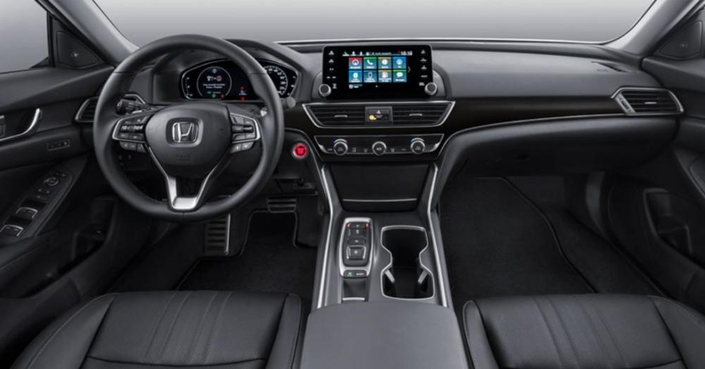 parte interior de un auto, Honda Accord 2018