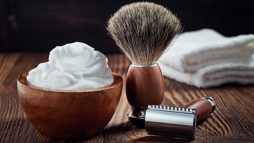 La crema de afeitar, vidrios para carros,  como limpiar parabrisas, crema depilatoria,   crema para depilar