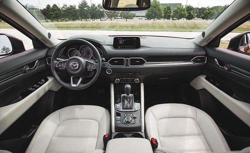 Interior del Mazda CX-5 2018