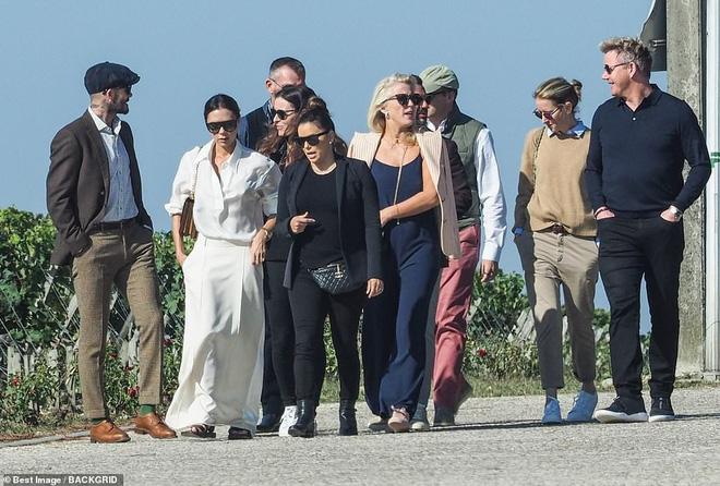 David Beckham, Victoria y sus amigos famosos hicieron un viaje en el país de la torre Eiffel