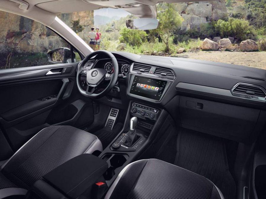 En cuanto al diseño interior, el Volkswagen Tiguan Offroad goza de una cabina renovada