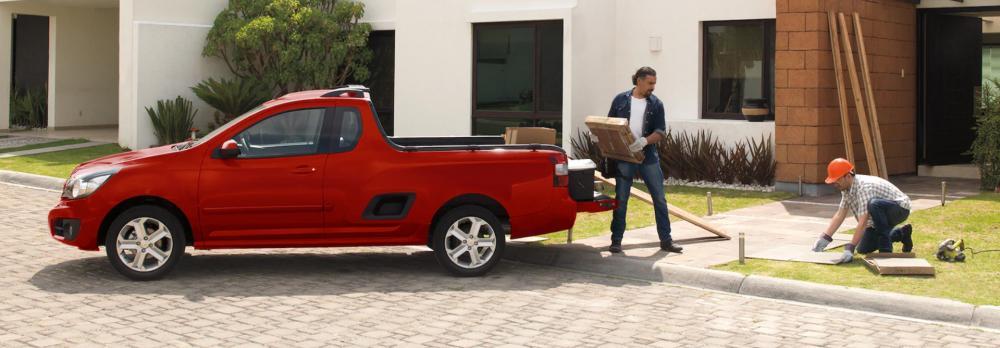 Chevrolet Tornado 2018: precios y versiones en México Chevrolet Tornado 2018 precio color rojo