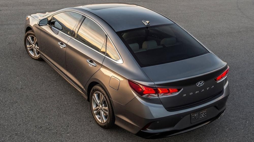 El Hyundai Sonata 2019 mantiene el mismo volumen de cajuela de hasta 461 litros que tiene el Sonata 2018