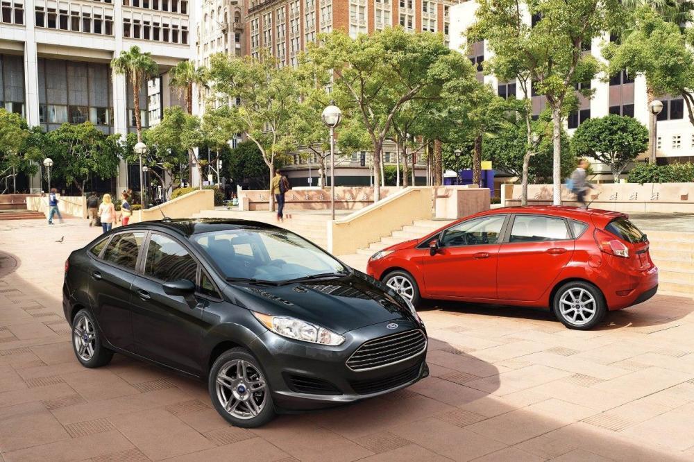 El nuevo modelo Ford Fiesta 2018 cuenta con dos estilos distintivos, hatchback y sedán