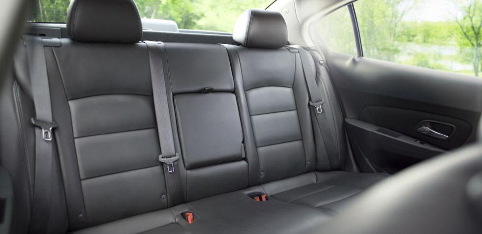 Asiento mas seguro en un coche
