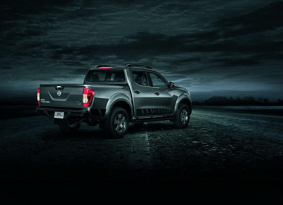 La NP300 Frontier es el sexto vehículo de Nissan que reciba la versión Midnight