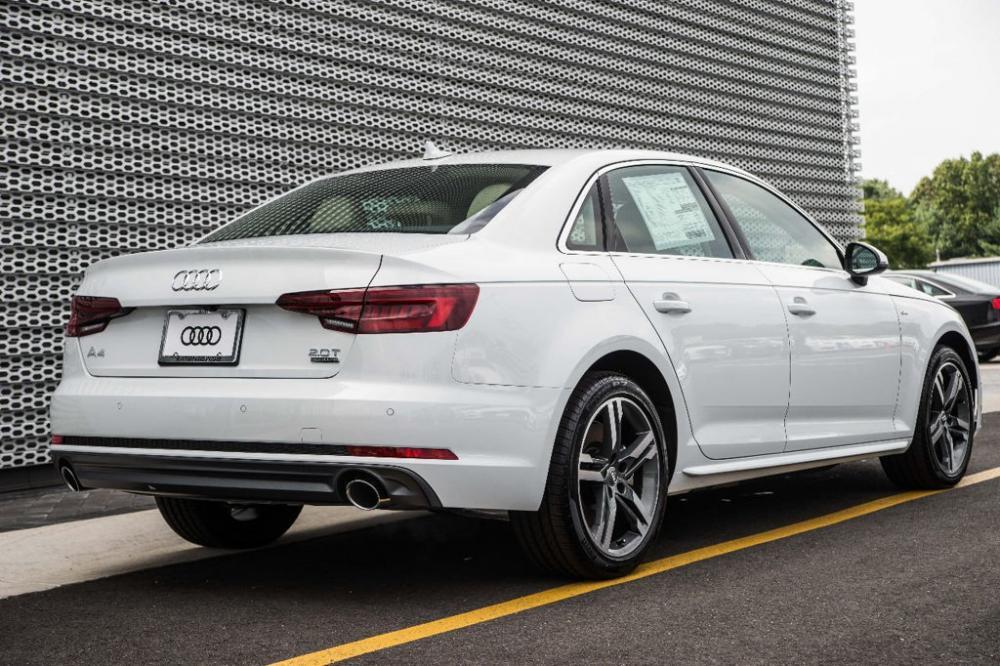 El Audi A4 2018 es una combinación del lujo, la comodidad y la impresionante experiencia de conducción en el segmento de los sedanes pequeños