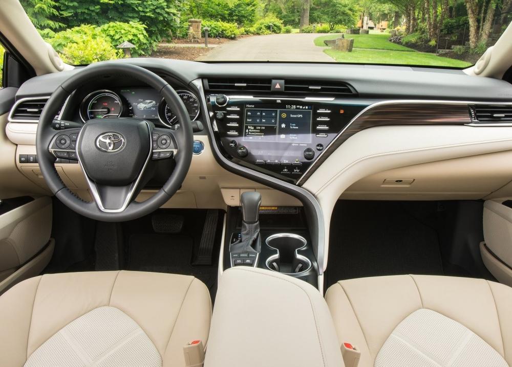 Toyota Camry 2018 en el interior