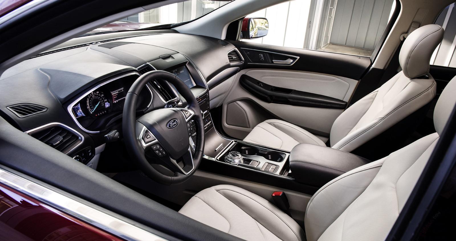 interior de ford edge 2019