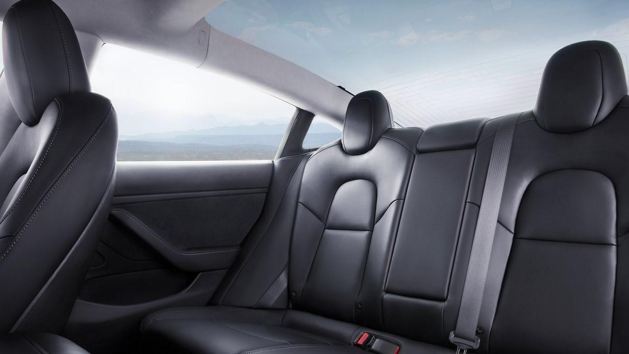 asientos traseros de tesla model 3