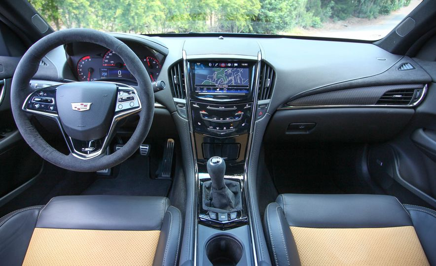 Cadillac ATS V 2018: precios y versiones en México Interior del Cadillac ATS V precio modelo 2018