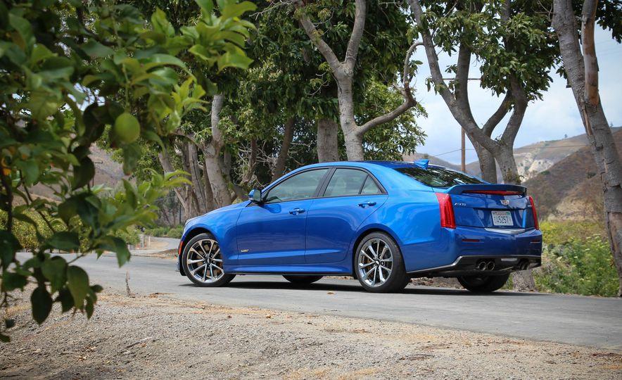 Cadillac ATS V 2018: precios y versiones en México Cadillac ATS V precio modelo 2018 color azul