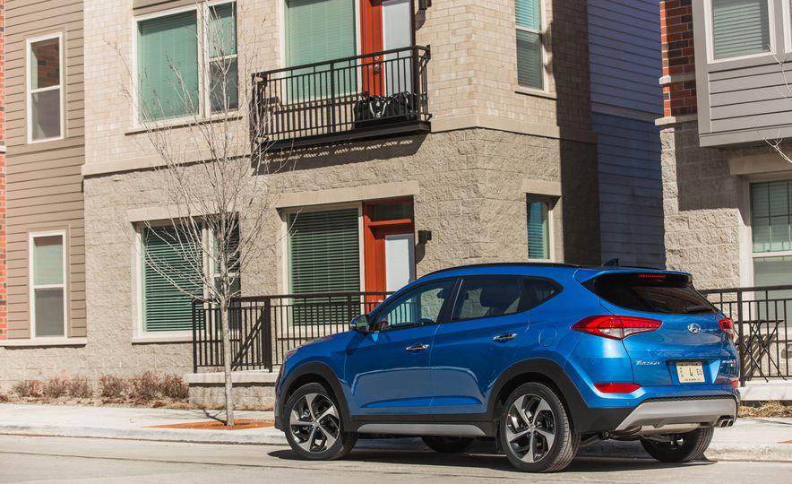 La Hyundai Tucson 2018, llama la atención por su diseño exterior. Es elegante