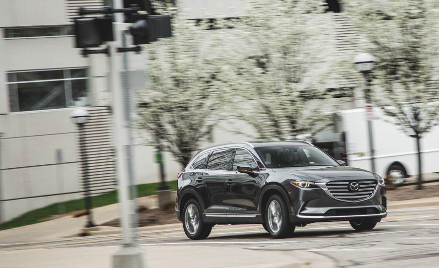 La experiencia de conducción y el manejo de la Mazda CX-9 2018 son particularmente aplaudidos