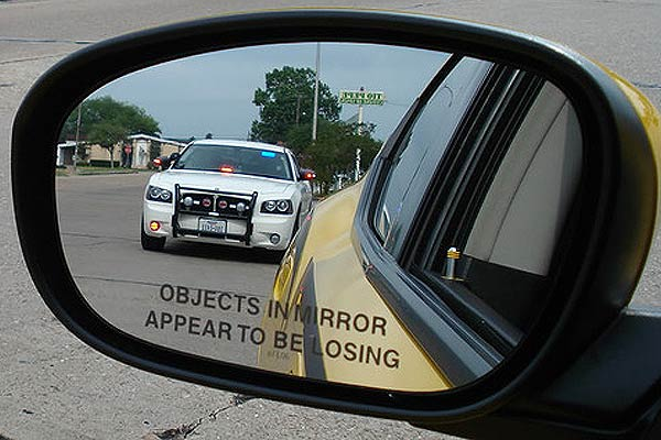 Tipo de espejo retrovisor de los automóviles y lo que debes saber