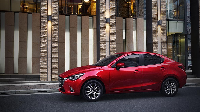 El Mazda 2 sedán 2019 se ofrece en tres versiones: i, i Touring y la i Grand Touring