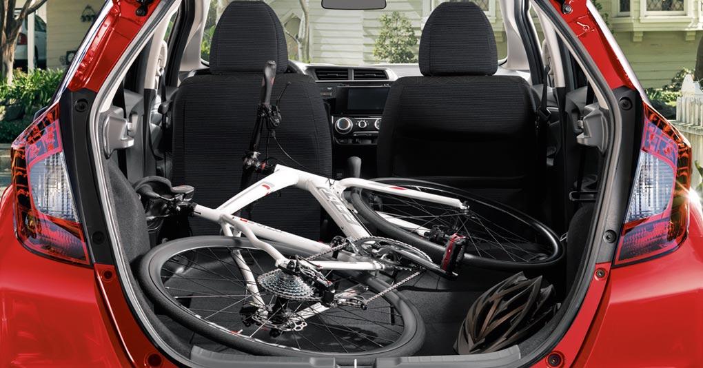 El Honda Fit Hit CVT 2019 es un hatchback que realmente hace honor a su segmento