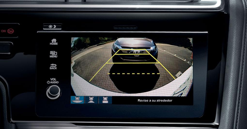 El Honda Fit Hit CVT 2019 incluye monitor de cámara de reversa de tres ángulos incorporado a la pantalla