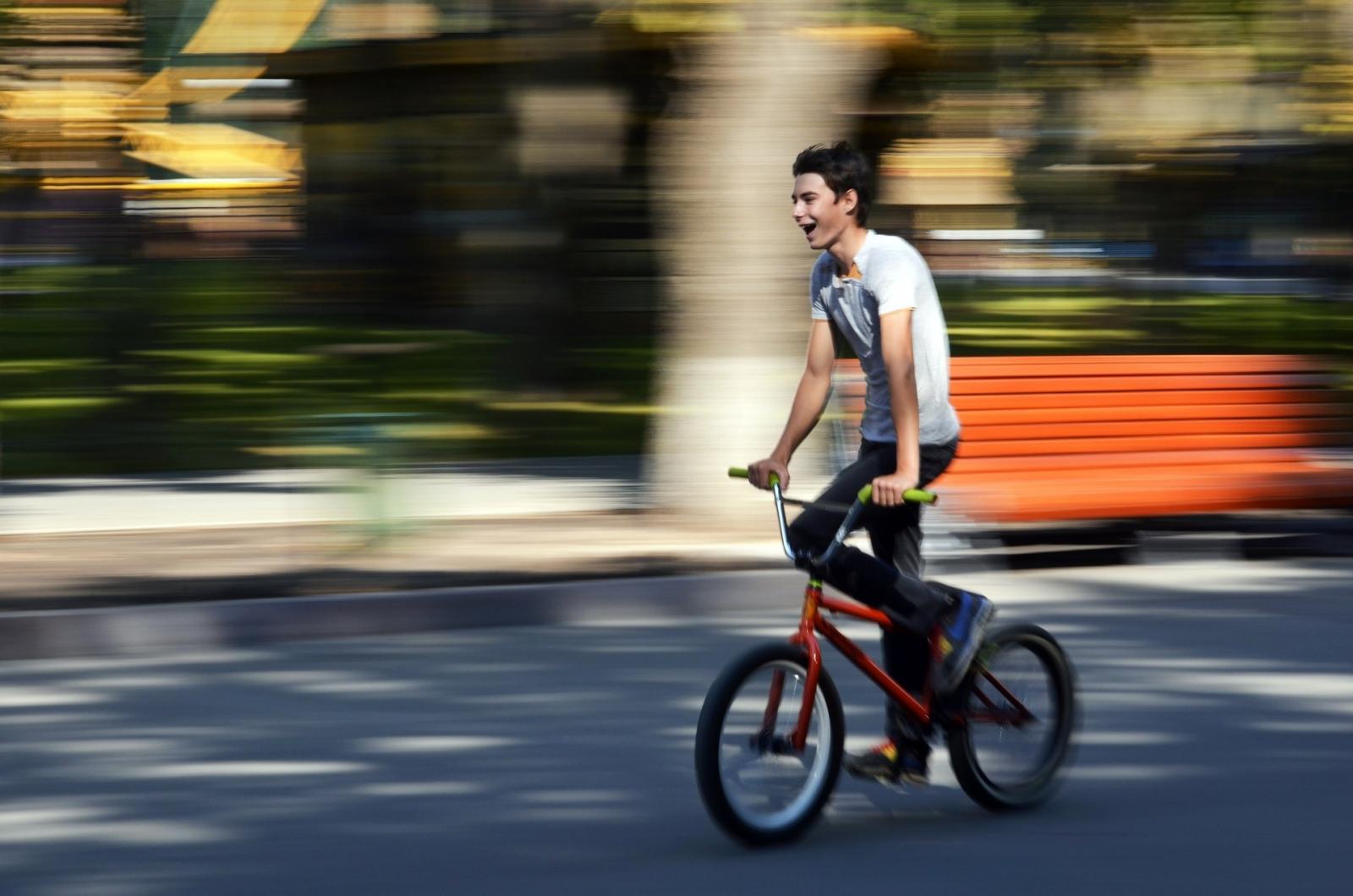 Reglas del ciclismo: Usa casco