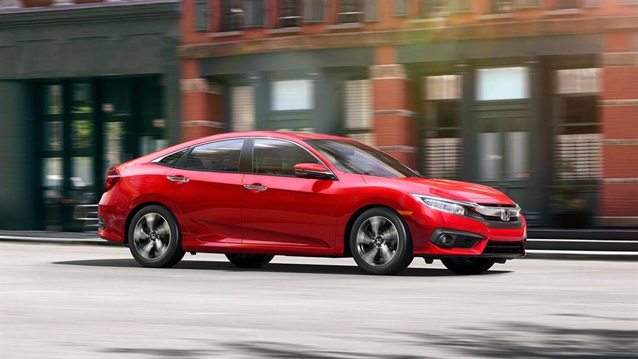 Honda Civic de color rojo, autos menos devaluados en Mexico que debes considerarte