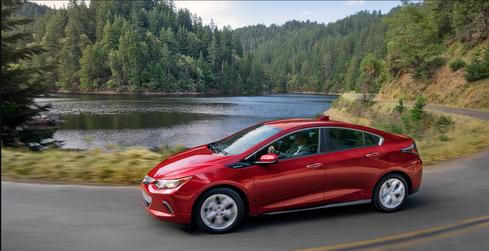 Chevrolet Volt de color rojo