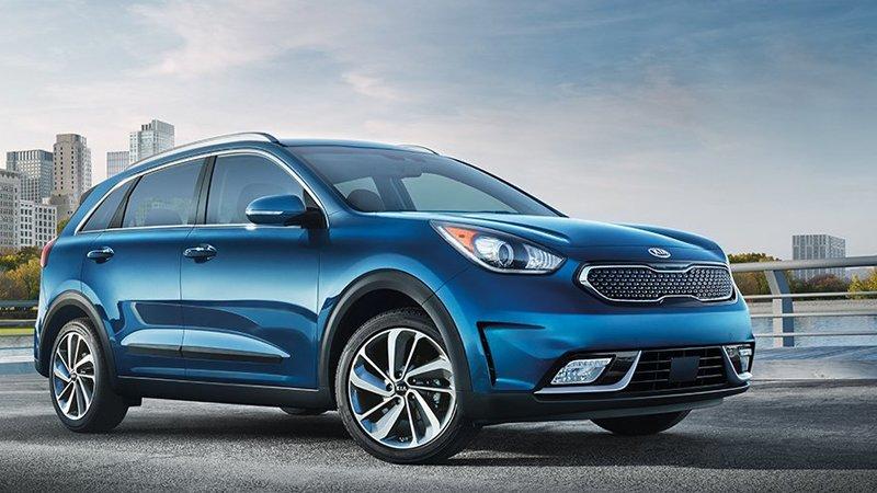 Autos mas economicos en combustible KIA Niro color azul