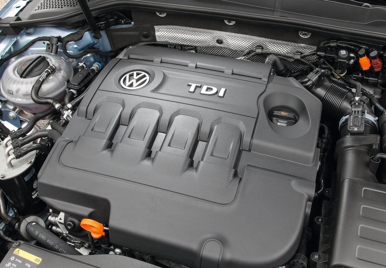 El motor TDI de un Volkswagen Golf