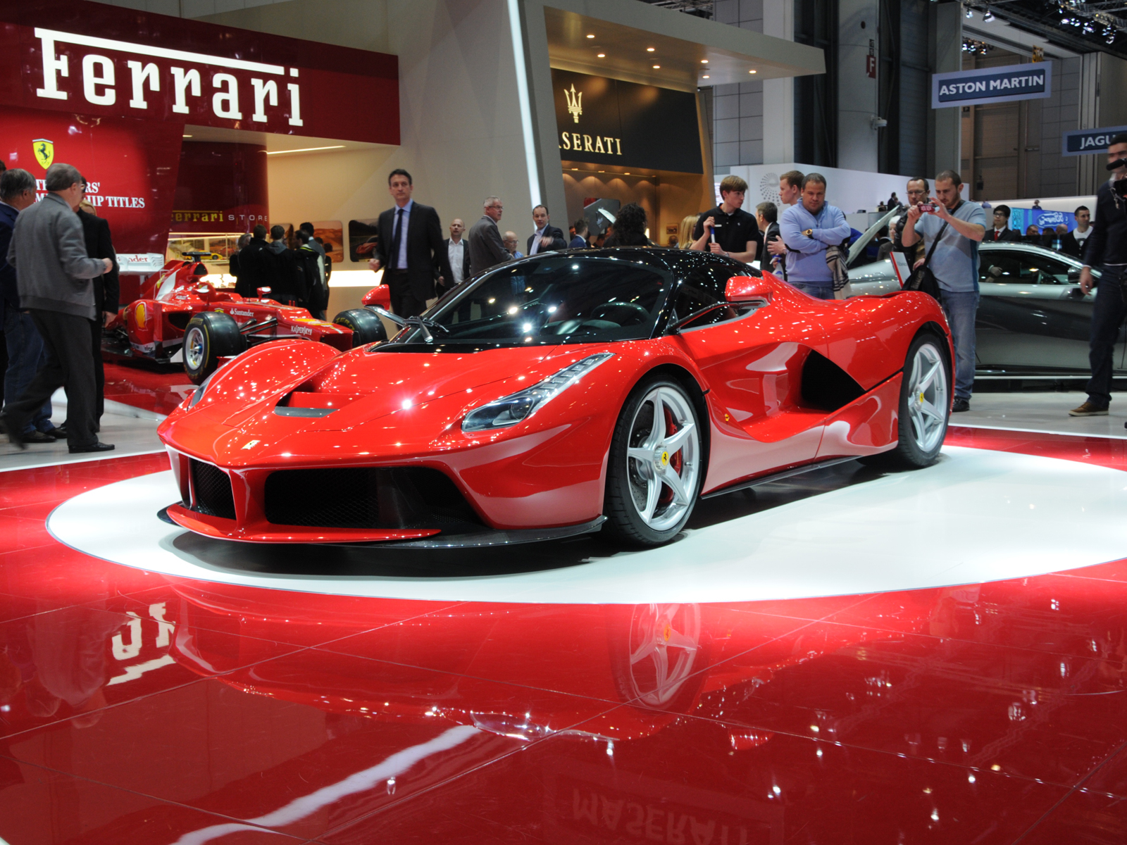 Los carros mas rapidos del mundo Ferrari La Ferrari