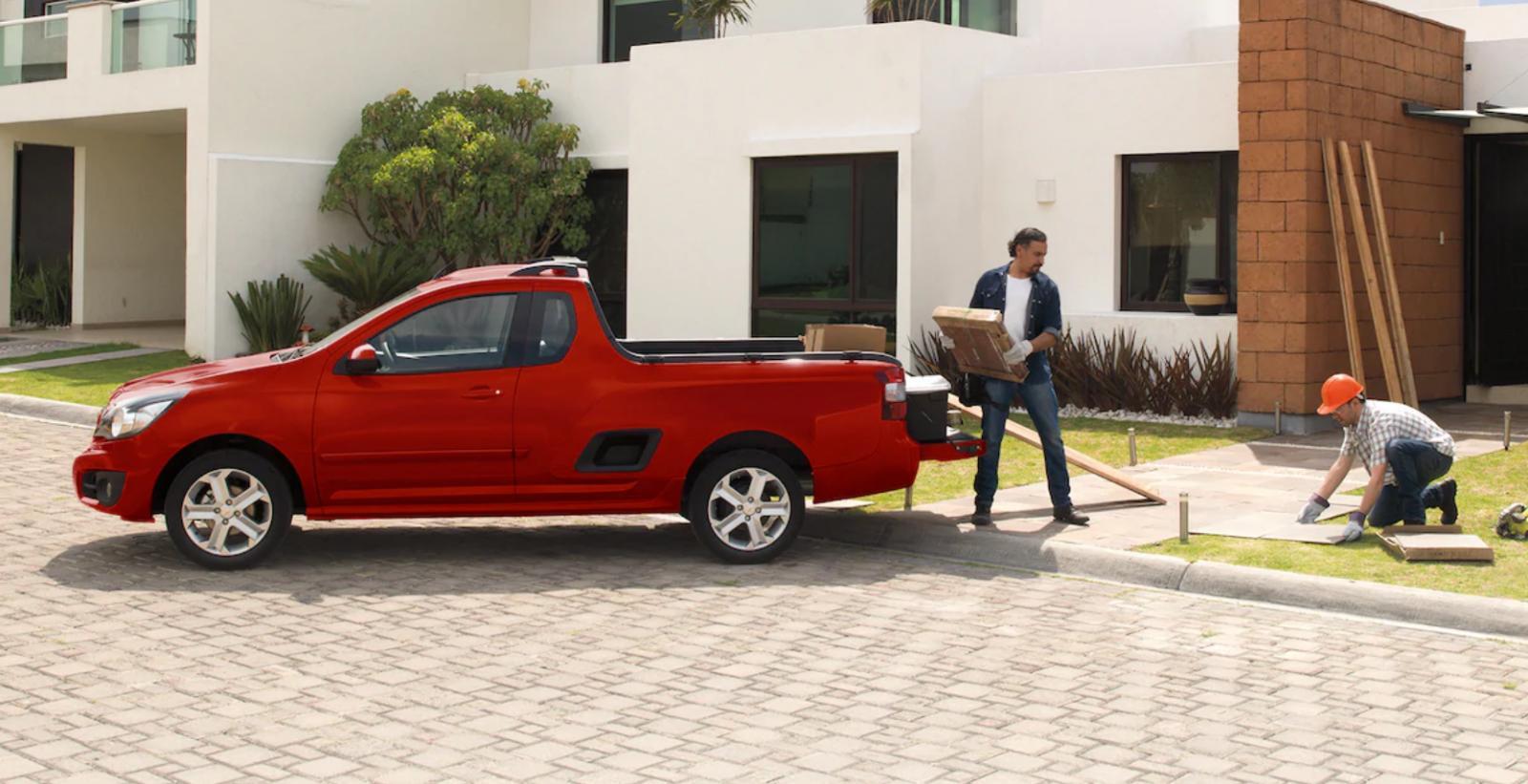 Chevrolet Tornado LS rojo