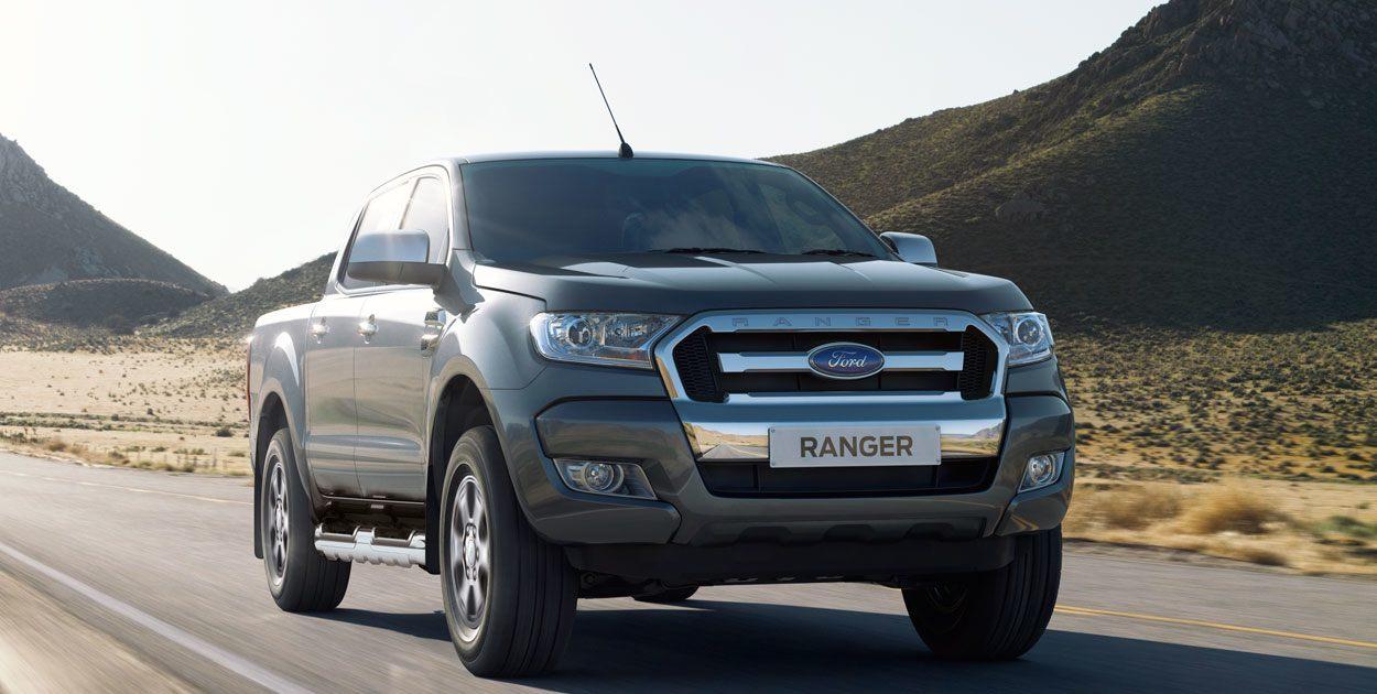 Ford Ranger negro