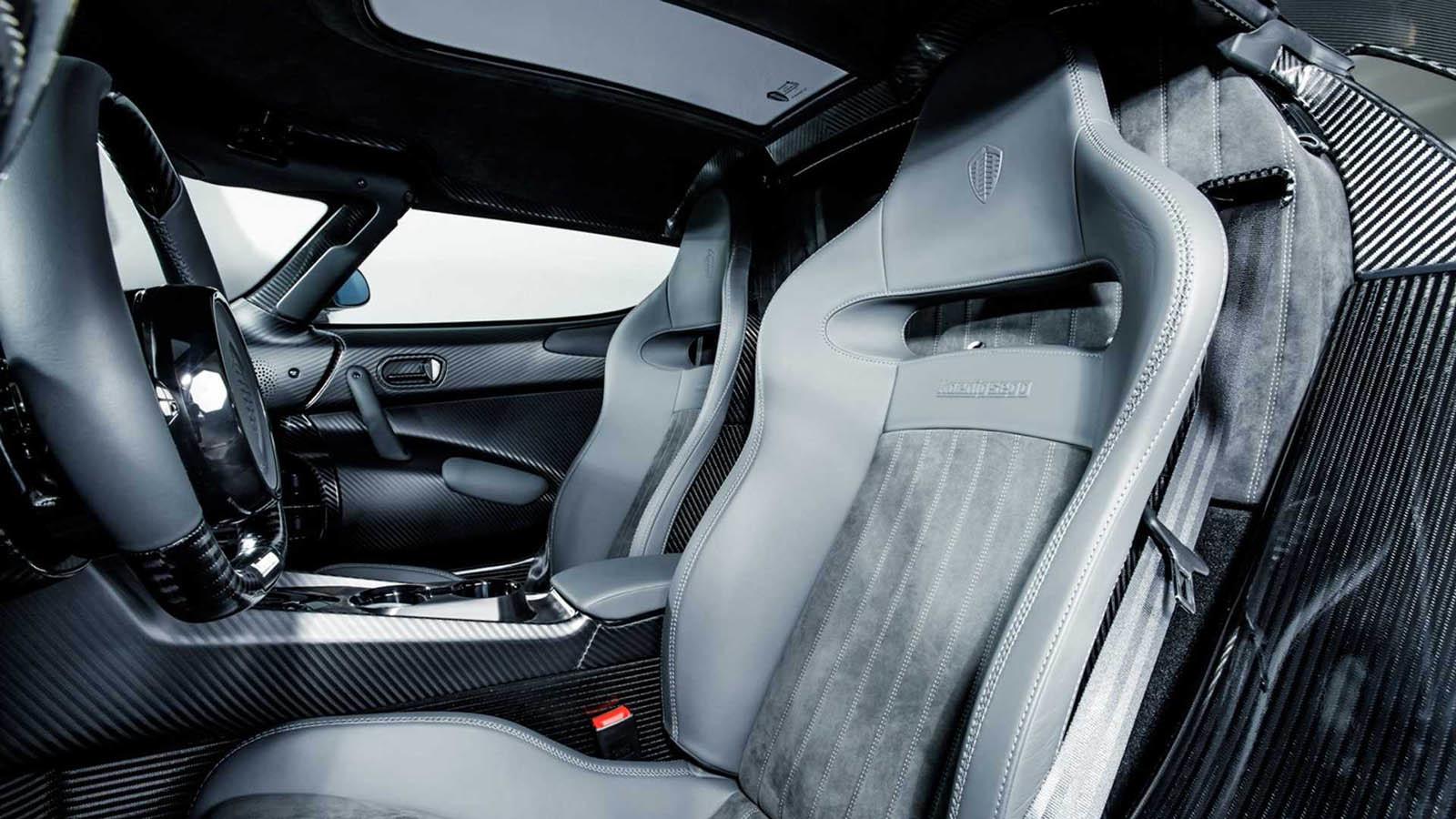 Koenigsegg Regera Carbon