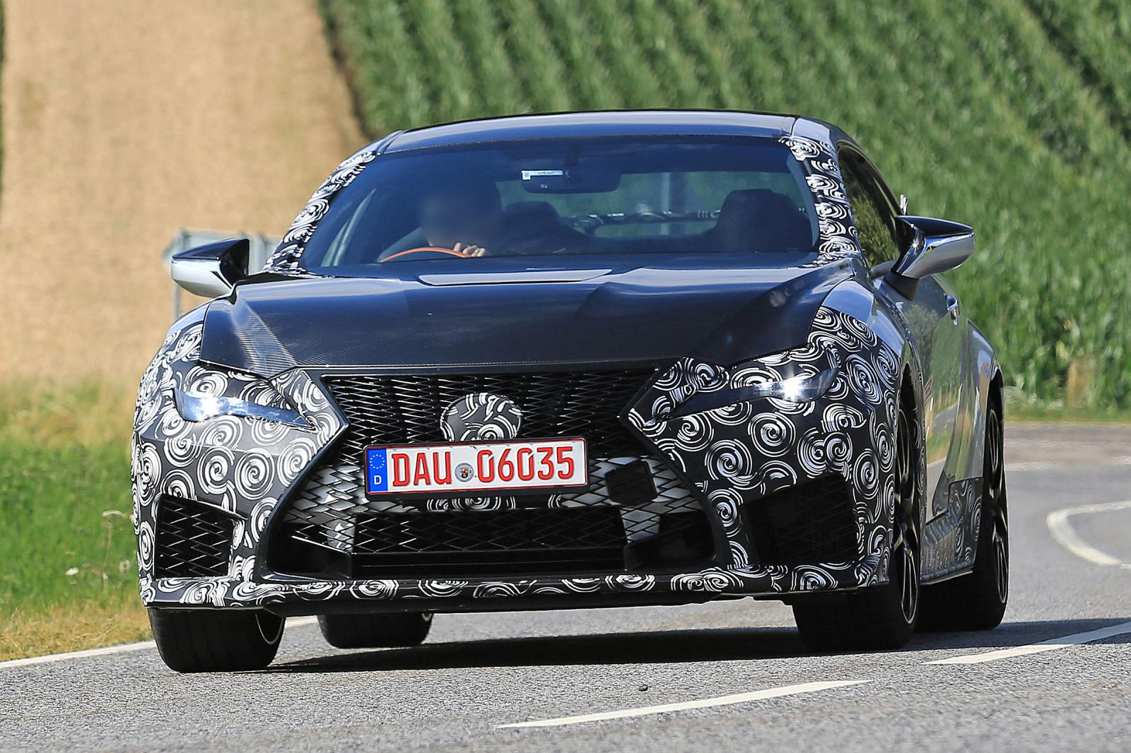 Lexus RC F Track Edition camo