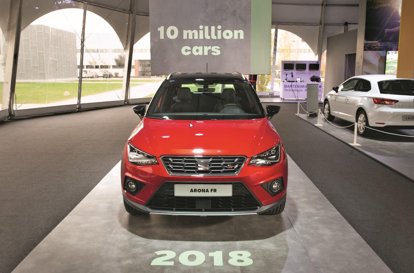 Una Arona FR 1.5 TSI, es el modelo 10 millones de SEAT que sale de la línea de producción de la fábrica en Martorell