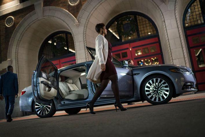 El costo del Lincoln Continental en su edición especial rondará en los 100,000 dólares