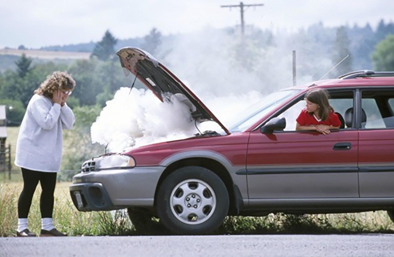 Una mujer y su coche