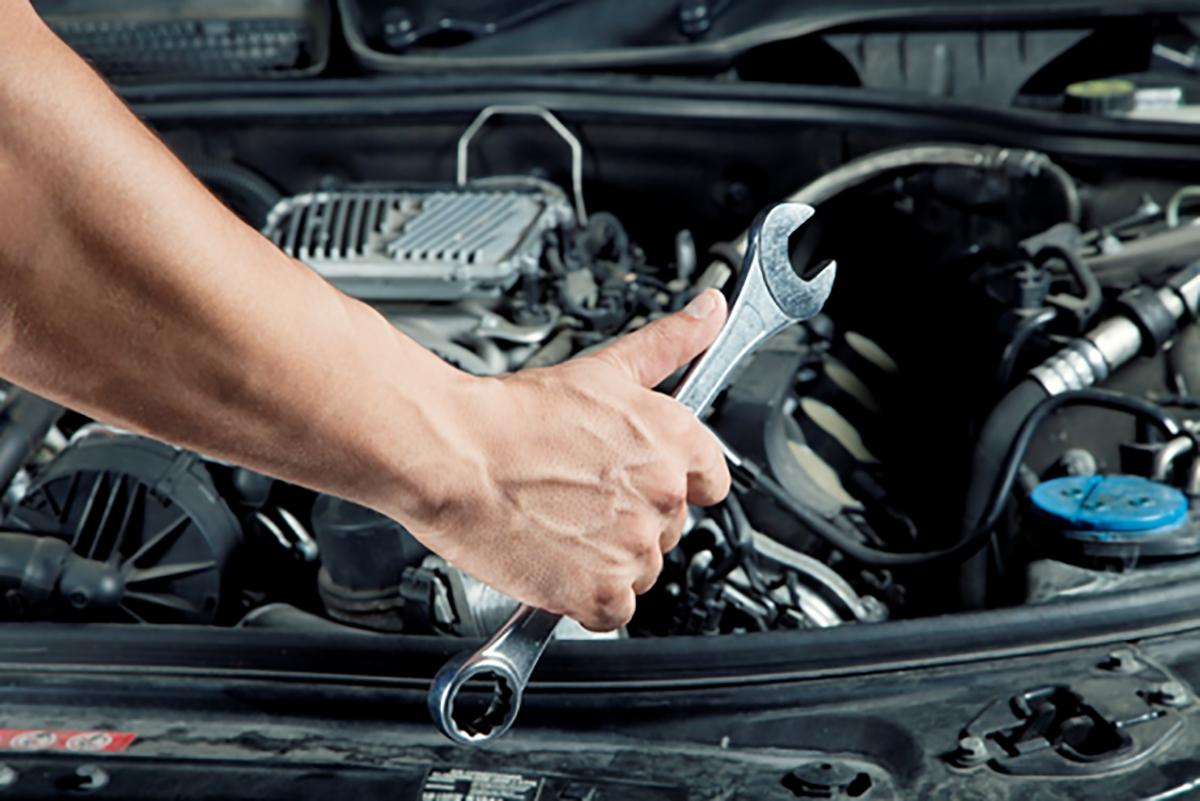 Arreglar un coche