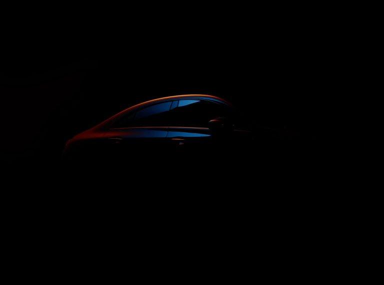 Primer teaser del Mercedes-Benz CLA