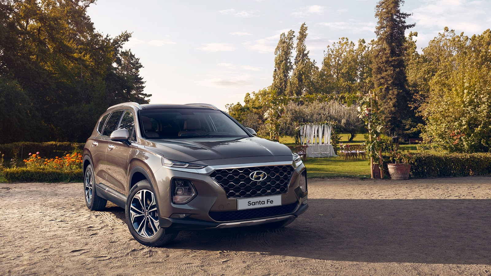 Hyundai Santa Fe 2019 Perfil y frente