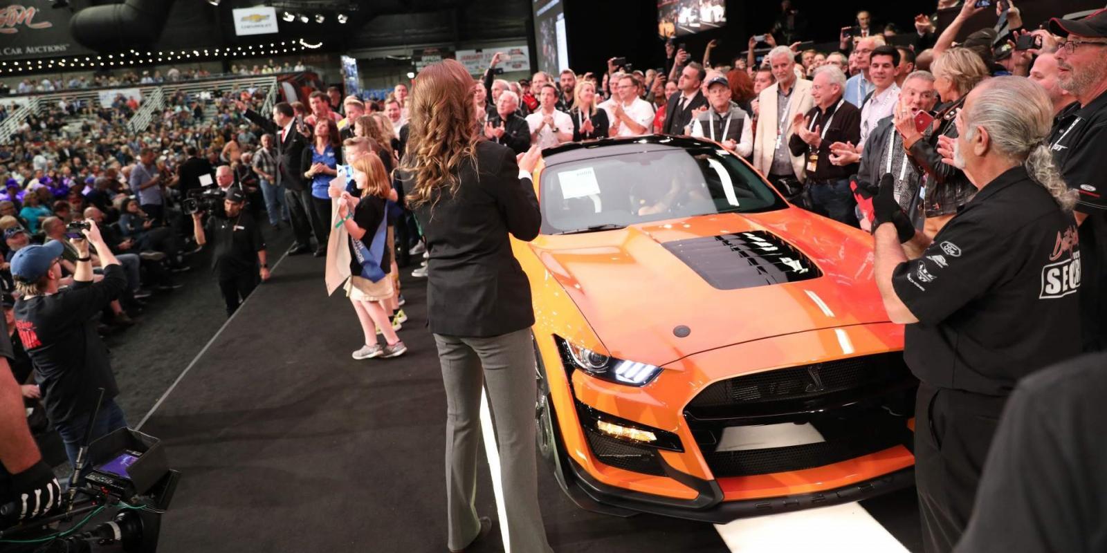 El primer Mustang Shelby GT500 se subastó en 1 millón de dólares