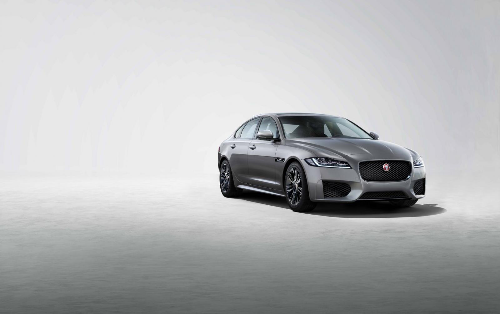 Jaguar XF Chequered Flag 2019