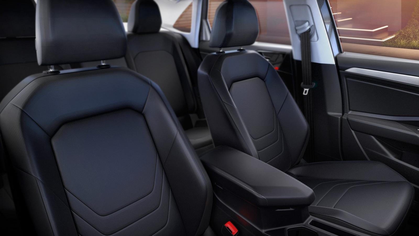 Ambos vehículos garantizan confort durante los trayectos