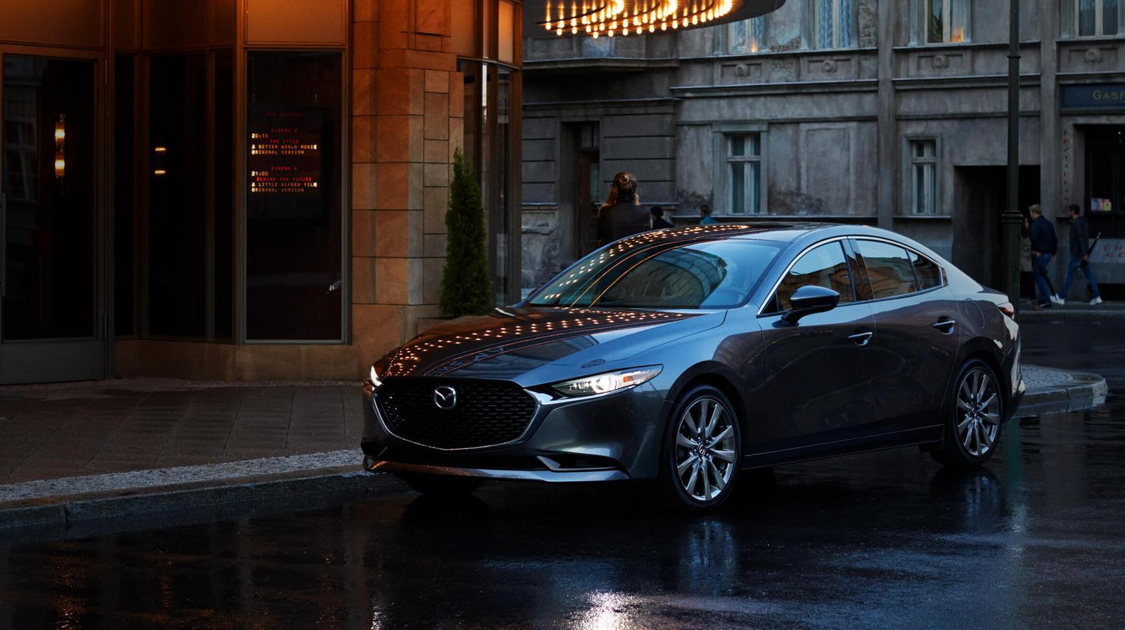 Mazda entrega un diseño más distintivo que su competencia