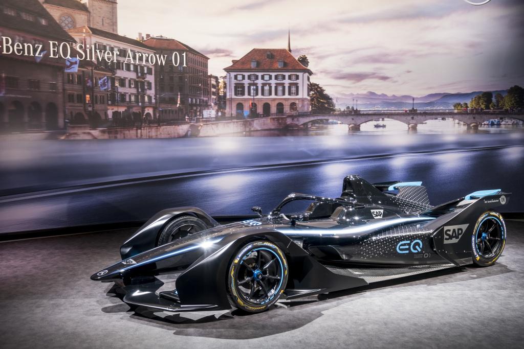 [Auto Show de Ginebra] Mercedes-Benz presenta su primer auto de carreras eléctrico