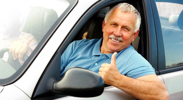 Los ancianos necesitan más comodidades en el coche